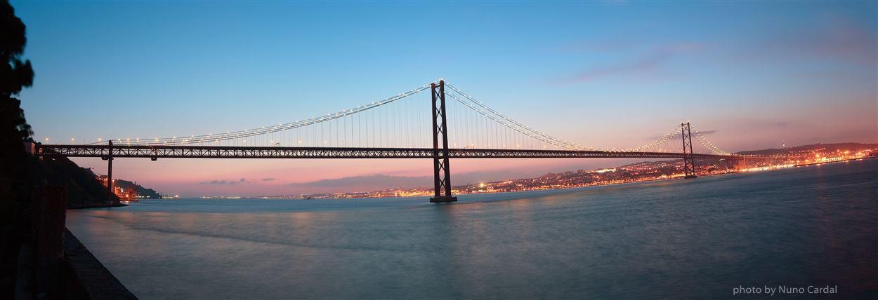 Lisbon private tour Bridge 25th of April - Europe Balcony