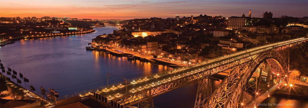 Porto transfers from Lisbon -Europe Balcony
